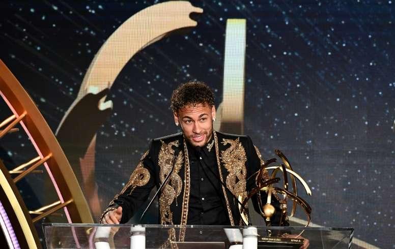 Neymar não confirma nem nega os rumores. AFP