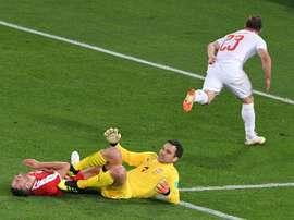 Suiza ganó a Serbia con un gol en el minuto 90. AFP