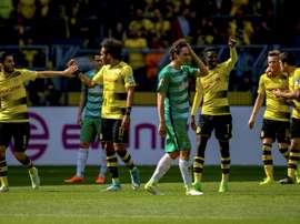 Borussia bateu o Werder Bremen por quatro bolas a três. AFP