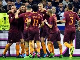 Les joueurs de l'AS Rome célèbrent un but en Ligue Europa, le 9 mars 2017 face à Lyon. AFP