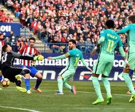 O Barça - Atlético pode decidir quem ganha a LaLiga.EFE