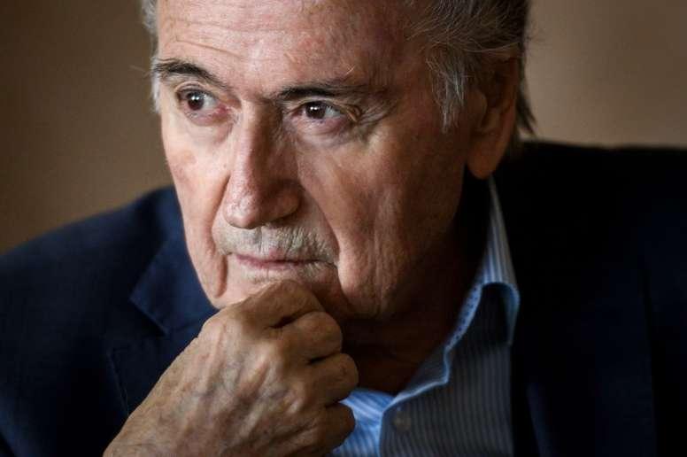 Blatter désigne encore Sarkozy et Platini pour le Qatar 2022. AFP