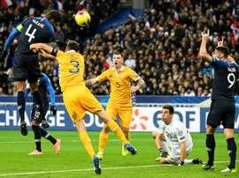 Bleus: Varane et Lenglet, le grand écart. AFP