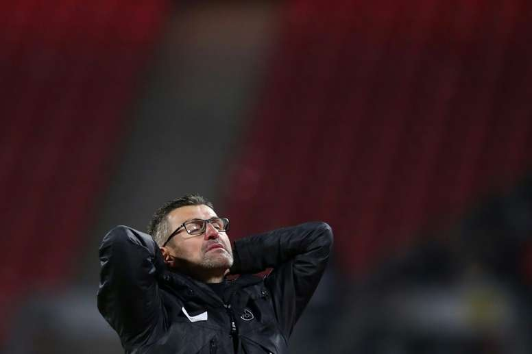 Nuremberg limoge d'un coup entraîneur et directeur sportif. AFP