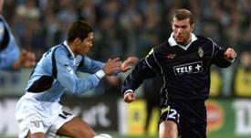 Zidane forzó al máximo para convertirse en jugador del Madrid. AFP