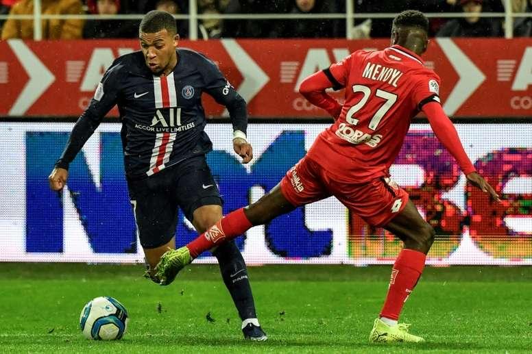 Mbappé, légèrement blessé, ne jouera pas contre Brest. AFP