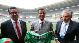 Le prince Fahd Ben Faisal Al Saud avec les frères Marc et Gilles Dubois, président de Sedan. AFP