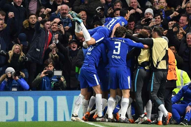 El Chelsea siempre se ha defendido en Barcelona. AFP