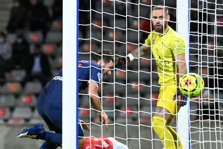 El PSG goleó al Nîmes en la Ligue 1
