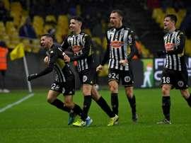 À Angers, place au foot, sous la pression. AFP