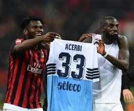Bakayoko (g) et Kessie après le match contre la Lazio Rome. AFP