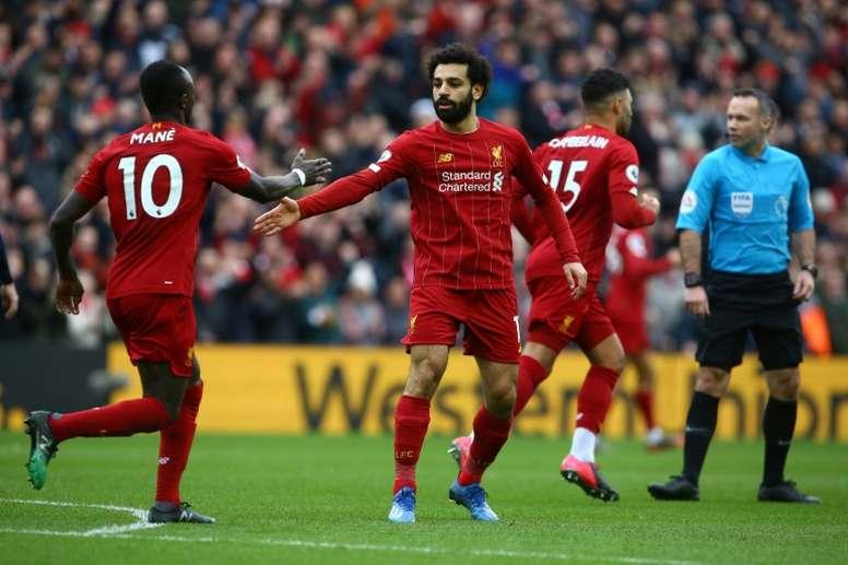 Anelka recomienda a Salah y Mané que no cambien Anfield por el Bernabéu. AFP