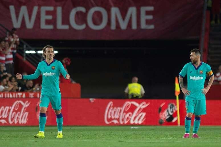 El Granada es líder a costa de un gris Barça. AFP