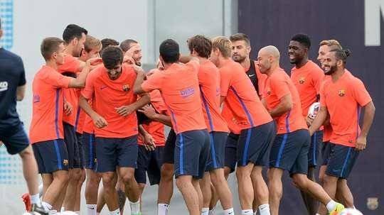 Les joueurs du FC Barcelone détendus à l'entraînement, le 16 août 2016 Sant Joan Despi. AFP
