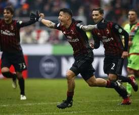 O atacante italiano perdeu espaço neste 'novo' Milan. AFP