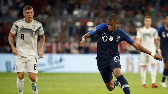 Francia no pudo estrenar la estrella con victoria. AFP