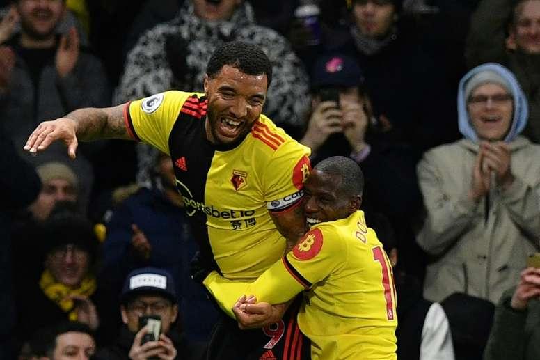 Outros dois jogadores do Watford em quarentena por COVID-19. AFP