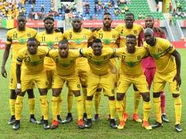 L'équipe du Mali pose avant le match de la CAN face au Ghana, à Port-Gentil. AFP