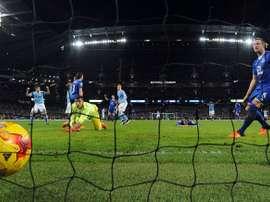 Le milieu de Manchester City Kevin De Bruyne (c) buteur face à Everton en Coupe de la Ligue anglaise, le 27 janvier 2016 à Manchester