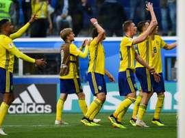 Los suecos celebraron el pase a cuartos, pero no todos pudieron. AFP