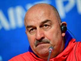 Rusia se jugará la primera plaza ante Uruguay. AFP