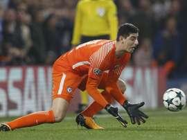 Courtois es portero, pero comenzó como lateral zurdo. AFP