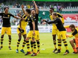 Borussia Dortmund goleou em casa do Wolfsburgo. AFP