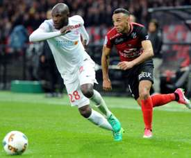 O lateral brasileiro ganhou imenso mercado com a época na Ligue 1. AFP