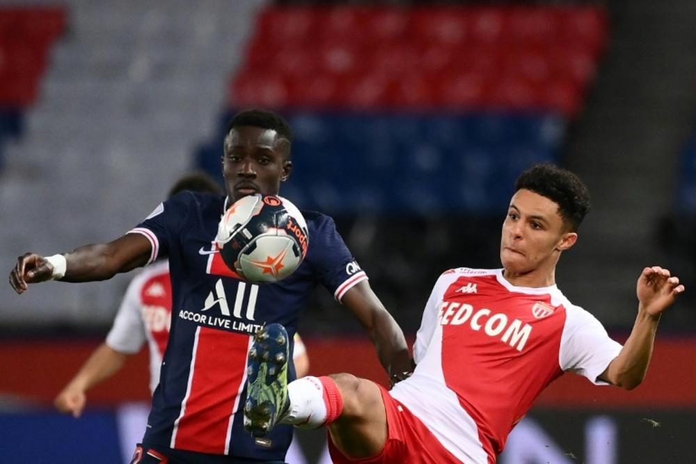 Idrissa Gueye no podrá disputar la Supercopa de Francia. AFP