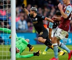 Agüero rassure les supporters après sa blessure. AFP