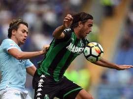 L'attaquant de Sassuolo Alessandro Matri face à la Lazio. AFP
