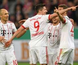 Bayern Munique venceu Hannover por 3-0. EFE