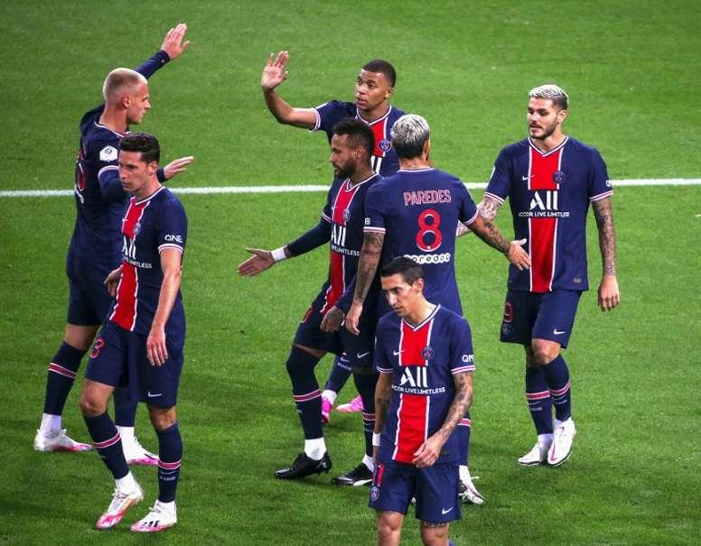 PSG venceu por 2 a 0 com doblete de Icardi. AFP