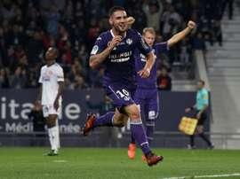 Andy Delort ouvre le score pour Toulouse face à Amiens au Stadium. AFP