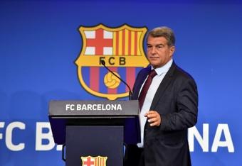 El Barcelona sigue a Rushworth, meta del Brighton cedido en el Walsall. AFP