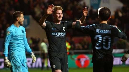 De Bruyne marcou o terceiro gol, da equipe do 'Citizens'. EFE