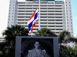 Un portrat du roi thaïlandais Bhumibol Adulyadej, le 17 octobre 2017 à Bangkok. AFP