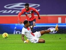 Les défenseurs s'arrachent dans la course à l'Euro. AFP