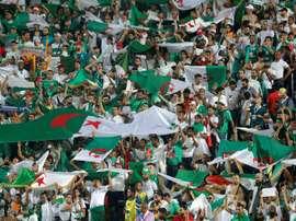 28 avions pour transporter les fans algériens. AFP