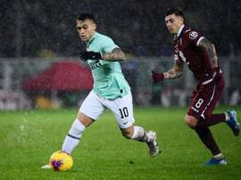 In Argentina they think Lautaro (L) will join Barcelona. AFP/Archivo