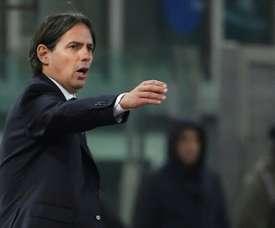 Simone Inzaghi donne des instructions lors du match contre Séville en C3. AFP