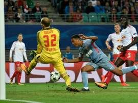 Gulacsi tendría varias ofertas de la Premier League. AFP