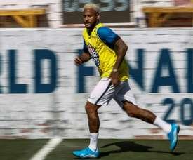 Hilton doute des capacités mentales de Neymar. AFP