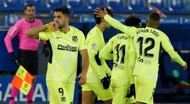 El Atleti se frota las manos... y el Barça se desespera. AFP