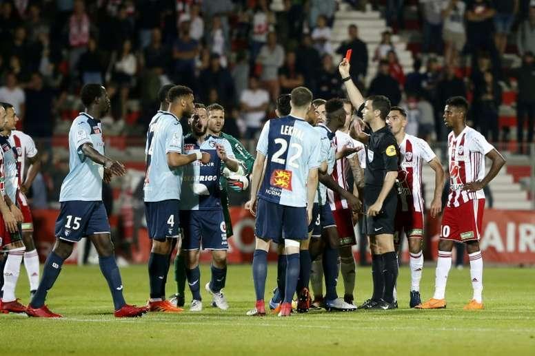 Aún trae cola el partido entre Ajaccio y Le Havre. AFP