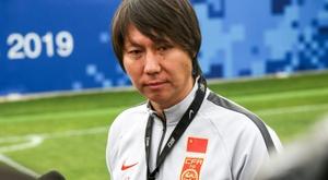 La Chine confie ses espoirs à Li Tie, ex joueur d'Everton. afp