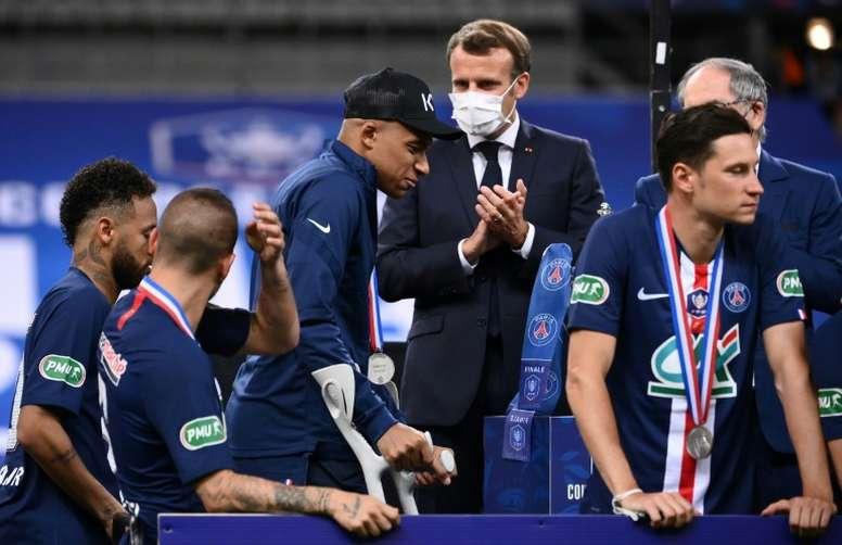 Mbappé habló sobre su lesión con Macron. AFP