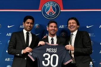 Leonardo dément les informations de 'L'Equipe' sur le contrat de Messi. AFP
