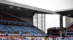 Davies prolonge à Aston Villa. AFP