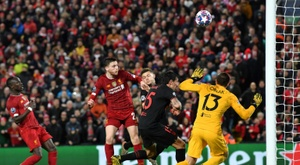 Presidente da UEFA coloca uma data limite na Champions. AFP
